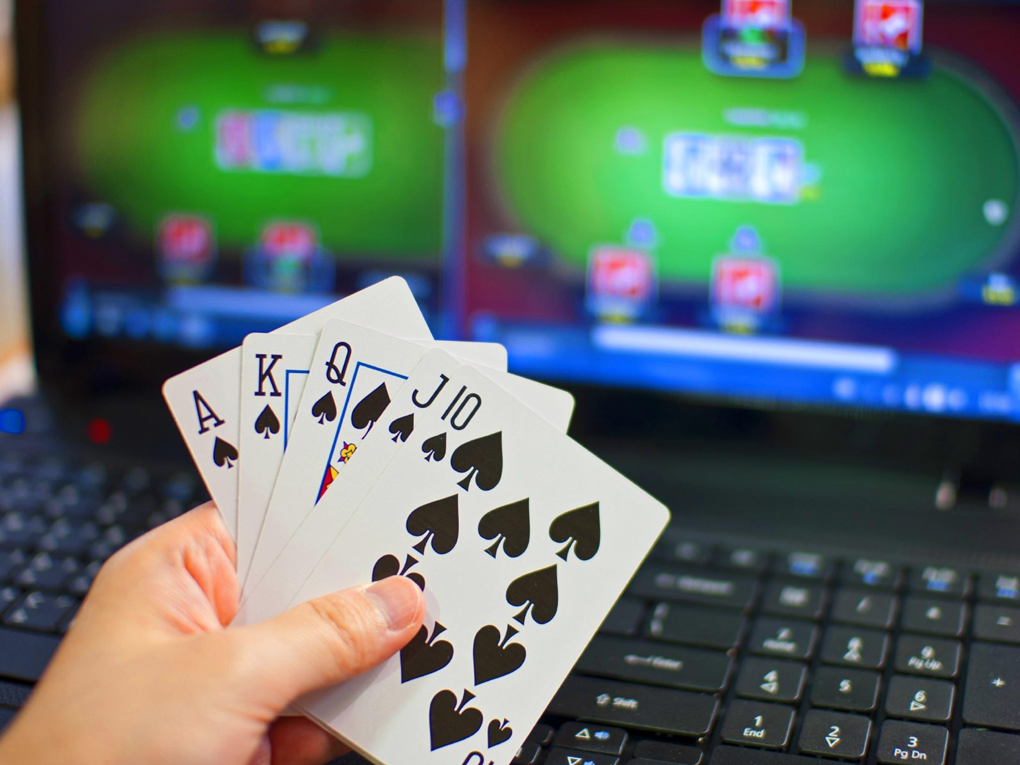 сайт покердом